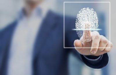 Fingerprint scan als biometrische Sicherheitsbarriere